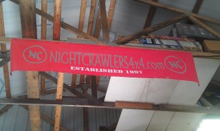 nc-banner-hung